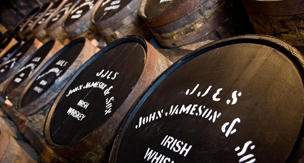 Jameson в бочках
