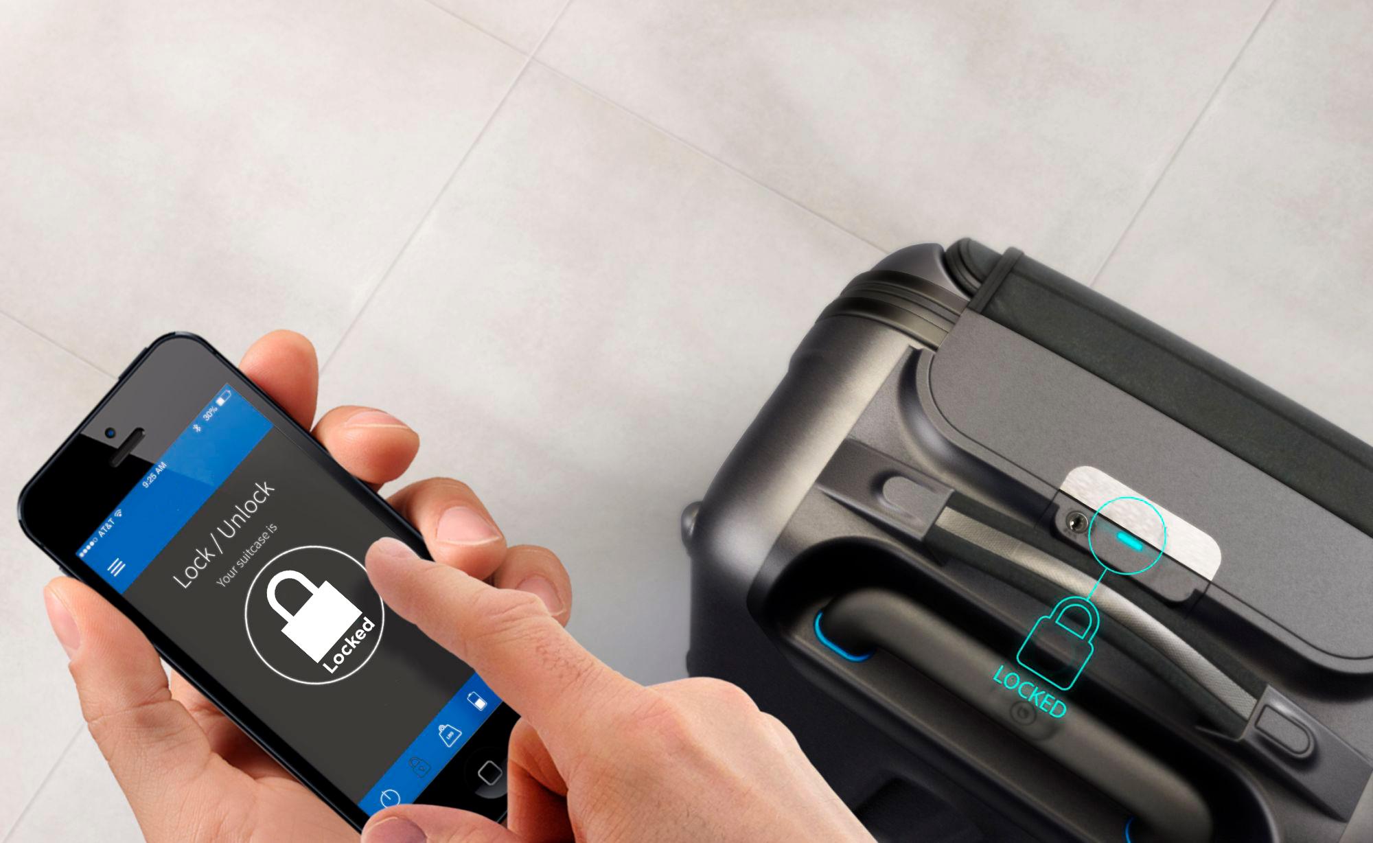 электронный замок в чемодане