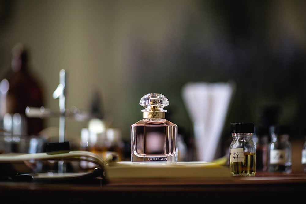 How to tell authentic perfume from a fake