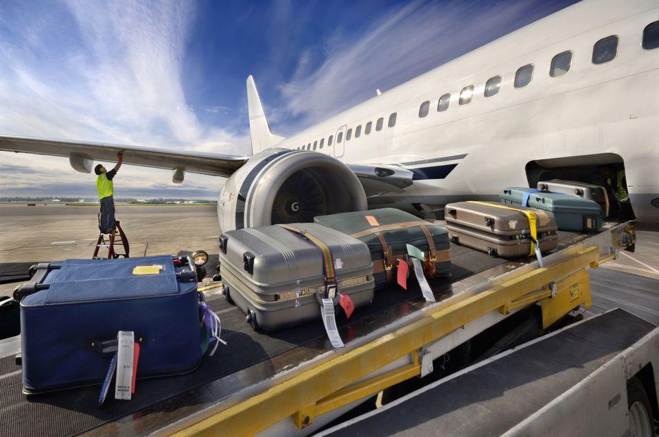 Кражи из багажа в аэропорту